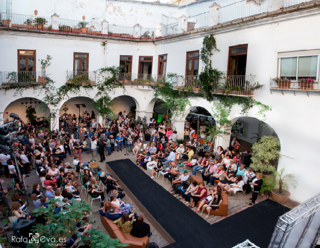 Amelia Delhom decorará La Pasarela De Las Artes 2017